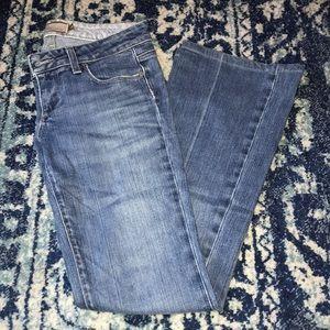 Paige - Lauren Canyon Low-Rise Bootcut Jeans